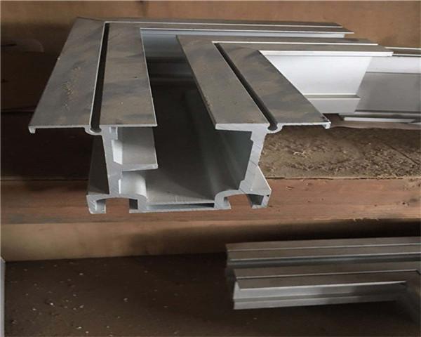 耐用性折叠门费用多少品质精良
